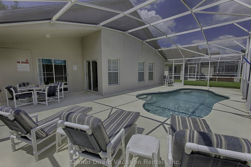 Relax on Quality Pool Furniture and Soak up that Florida Sunshine
