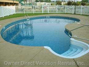 Heated Swimming Pool (June to October)