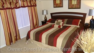 Master Bedroom with King Size Bed and Ensuite