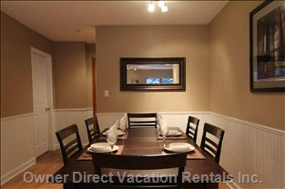 Dining Room for up to 6 Guests
