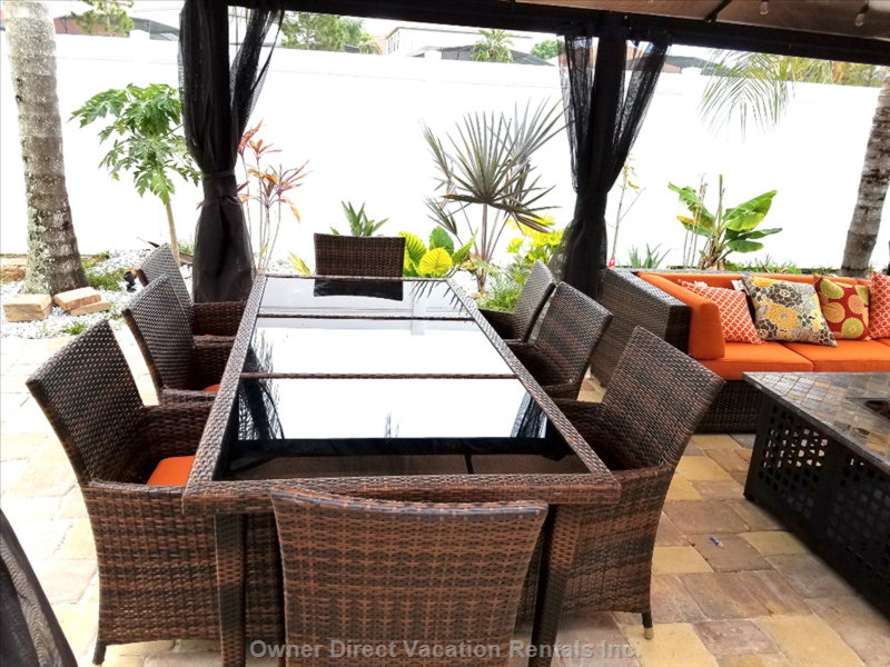 Outdoor Dining and Tropical Garden
