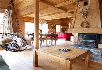 Ideally Located in the Heart of the Tignes Resorts, La rosière Or Les Arcs