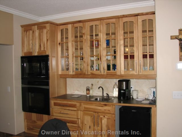 Dinette Area with Bar Fridge and Wall Oven / Convection M/W