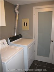 Laundry Area - Washer/Dryer for your Use!