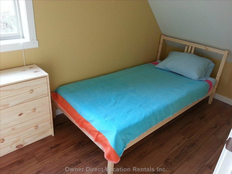 Den (Kids) Small Bedroom #4 on 2nd Floor