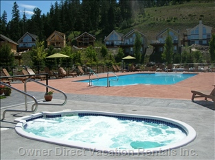 Central Amenities Area - Pool & Hot Tubs