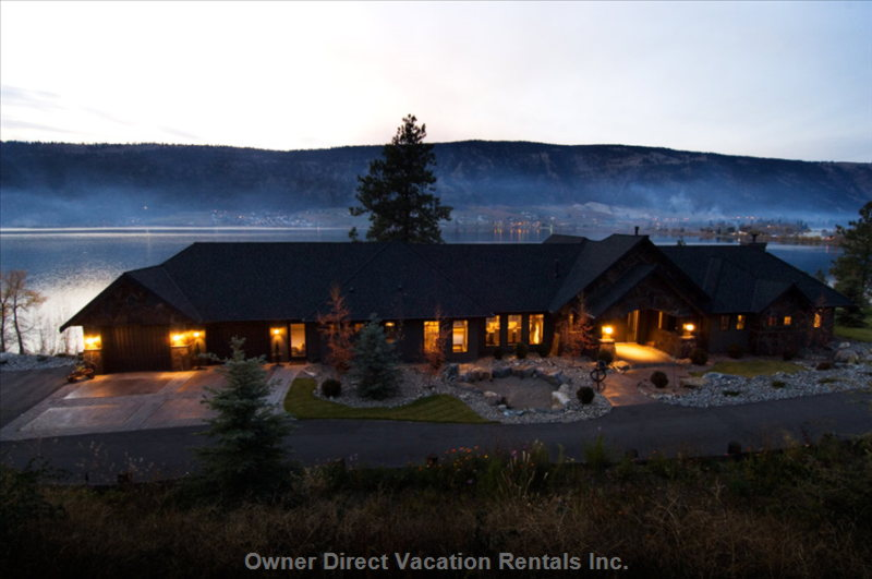 Luxury Lake Front on Woods Lake - Lakeview Facing West onto Woods Lake. Centrally Located in Beautiful Oyama, Lakecountry.