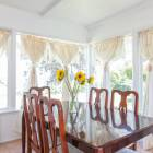 Sunny Dinning Room for 6 with Views