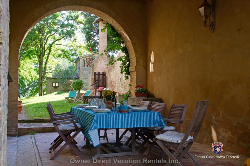 Your Outdoor Dining Area under the Arches
