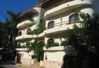 Beautiful 1 Bedroom Condo in the Heart of Playa Del Carmen
