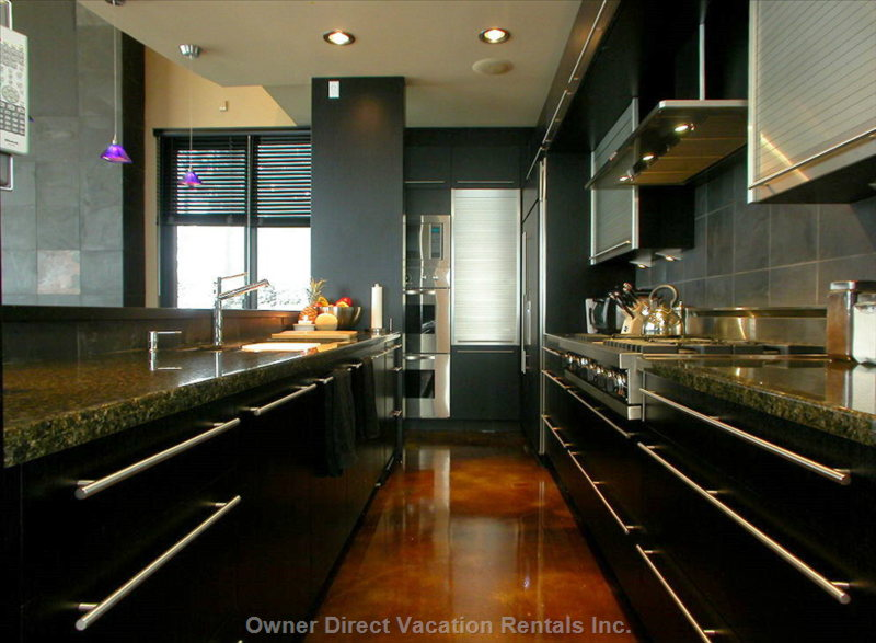 Crescendo's Gourmet Kitchen:  Viking, Subzero, Miele...Nothing but the Best.
