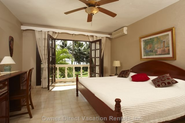 Master Bedroom Featuring American King Bed