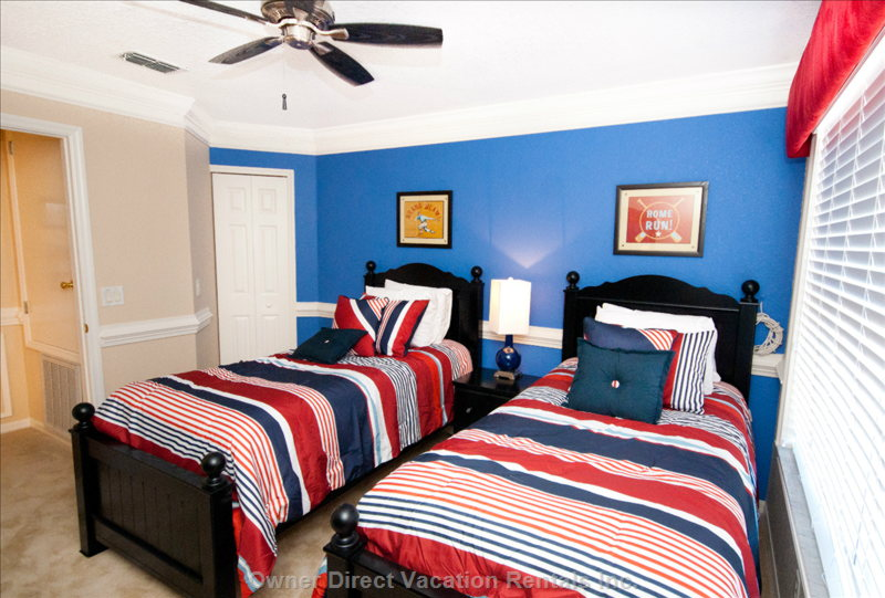 Nicely Decorated Twin Bedroom W/ Flat Panel TV/DVD Player. Perfect for Kids