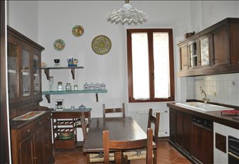 Florence at your Feet. Centrally Located Apartment, Just Renovated in July 2014