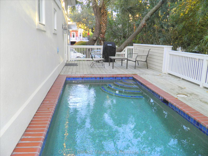 Private Pool with Free Heating Available