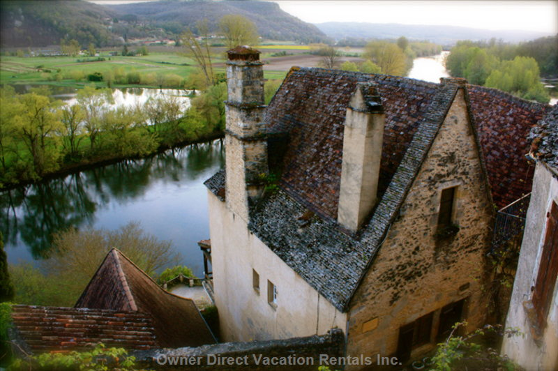 Mont Joie Enjoys a Commanding View of the Dordogne River Valley
