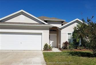 Magic Landings - 4br 3ba Pool Home with 2 Master Suites