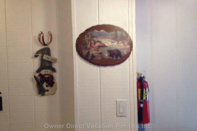 Horseshoe Coat Hook/ Bear Artwork.