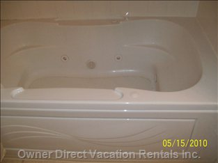 Jetted Whirlpool Tub in Master Suite