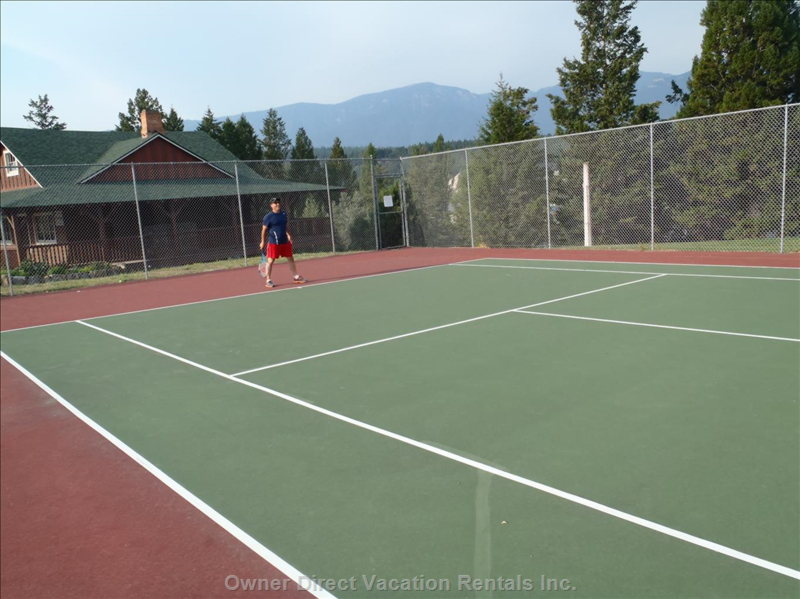 Tennis in Invermere
