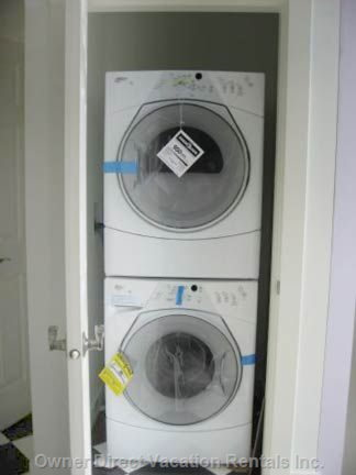 Full Size Brand New Top of the Line Washer/Dryer in Unit