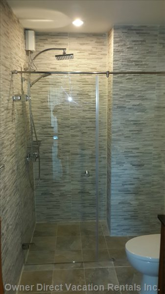 Good Shower Space.