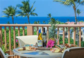 Exceptional, 5 Star. Big Blue Ocean View, Beautiful New Kitchen & Spa Bathrooms