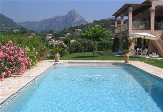 Beautiful and large Provencal Familly Villa on the French Coast Riviera
