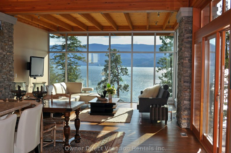 Open Dining/Living Area to Enjoy the Gorgeous View of Okanagan Lake.