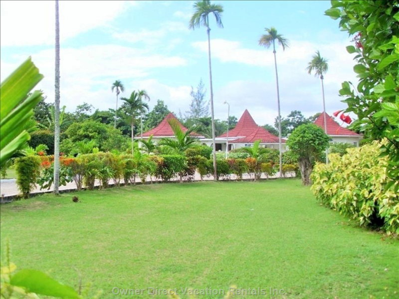 Whistling Villa Grounds