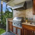 Outdoor Kitchen with Large Bbq and Running Water.