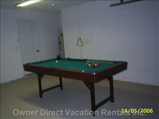 7ft  Pool Table in the Games Room