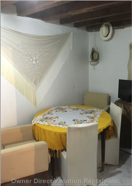 Lovely Dining Room (Ground Floor) with Brand New  Vertical Washing Machine, Movistar Tv and Wi-Fi. Bicycle you May Use If you Wish To.