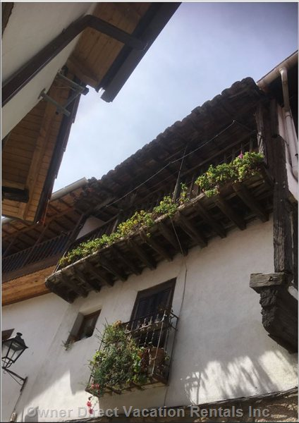 One of the Hundreds of Beautiful Balconies in Villanueva.