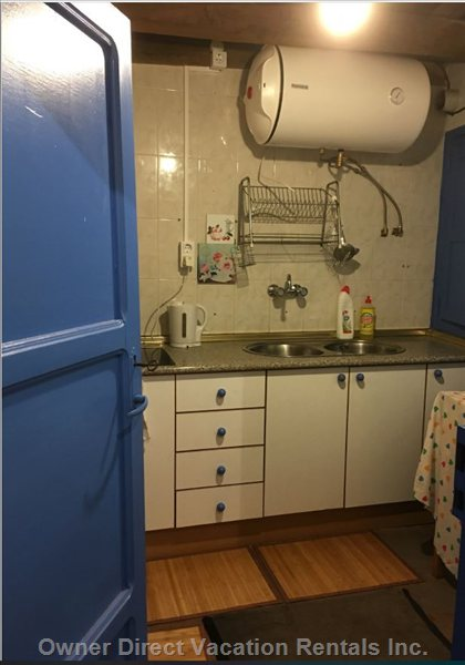 Sweet & Practical Kitchen (1st Floor),with all you Need: Brand New Hot Boiler, Ceramic Cooker and Microwave. Combi Free Standing Fridge