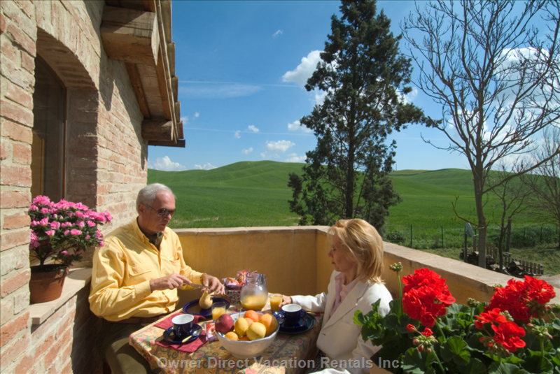 Breakfast on the Balcony - Filippo and Rachel Shows How you Can Enjoy your Breakfast in the Balcony ,Surrounded by the Nature