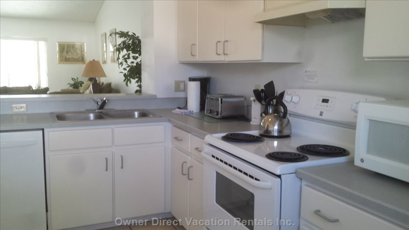 Beautifully Maintained Kitchen with all the Supplies you Need to Cook Home Cooked Meals If the Mood Strikes you