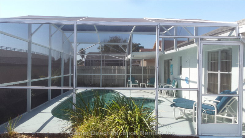 Screen is Fully Enclosed- a Must for Florida