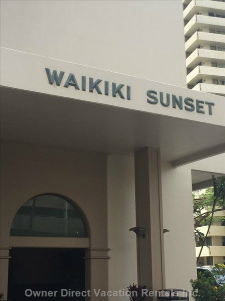 Waikiki Sunset Entrance