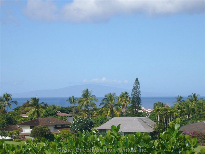 Views of Kahoolawe & Lanai from your Balcony. A 2-Minute Drive Takes you There.