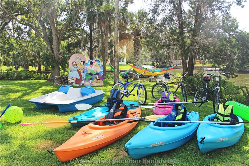 All this Included!!!  5 Kayaks, 4 Bikes, Paddle Boat, 2 Hammocks, 2 Photo Booths, other Outside Games.