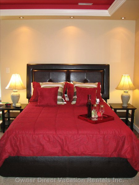 Luxurious Red Master Bed