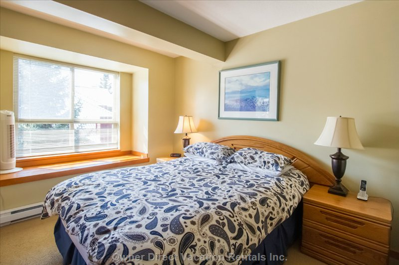 Bright, Spacious Master Bedroom with Ensuite Bathroom, Flat Screen Tv and Balcony