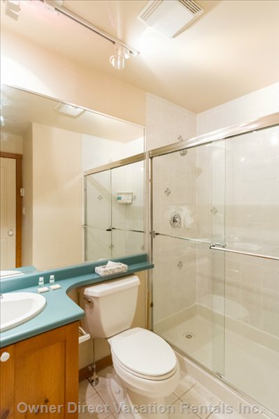 Ensuite Bathroom to Twin Bedroom