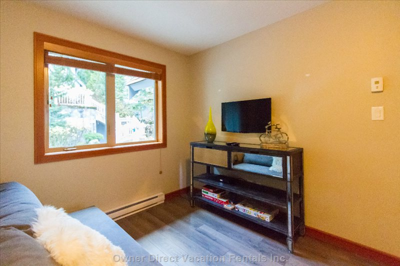 4th Bedroom Converts to Tv Room with Comfortable Double Bed (Main Floor)
