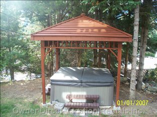 Gazebo over the Hot-tub to Keep Snow off your Head and Sun from your Eyes - on Summer and Winter - Always Relaxing