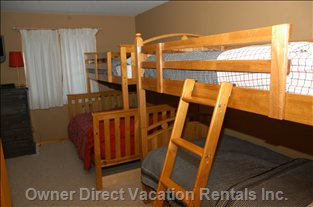 Bedroom with 2 Sets of Bunks