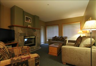 Comfortable 1+Den Condo with Balcony, Kitchen, and Fireplace