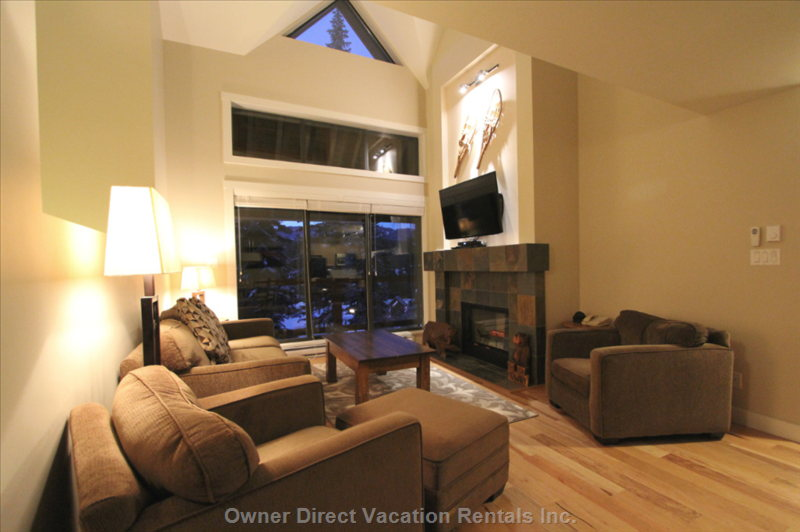 Living Room with Vaulted Ceilings