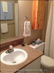 Ensuite Full Bathroom